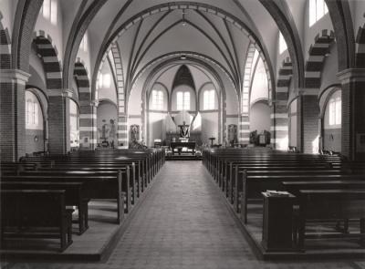 Sint jozefkerk deurnewiki for Gulden interieur rotterdam